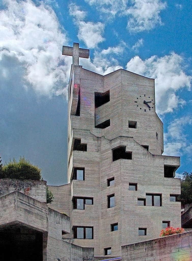 RT @BrutalHouse: Brutal Sunday Service — St.…