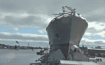 RT @MachinePix: Launching a ship…