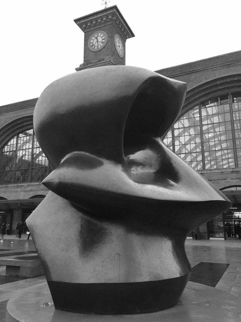 RT @BrutalHouse: Henry Moore at…