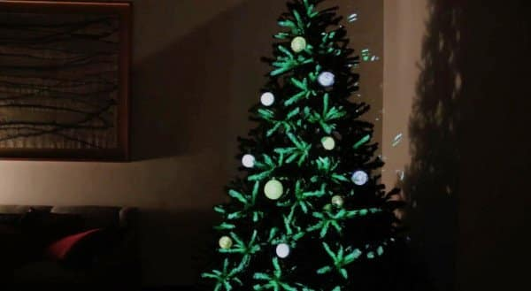 RT @designmilk: Projection Mapped Christmas…