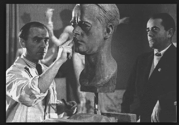 Albert Speer sitting for bust…