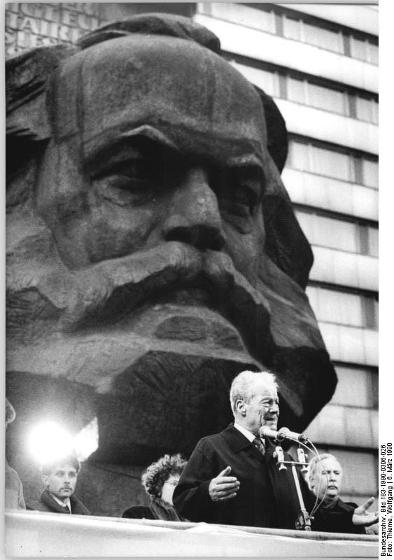 RT @HistoryNed: #GDR #OTD 1990…