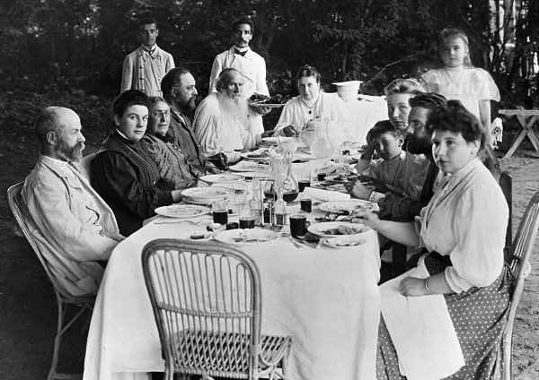 RT @openculture: Leo Tolstoy's Family…