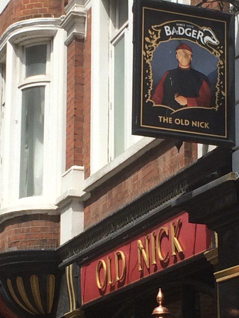 Pub in Lincolns inn field,…
