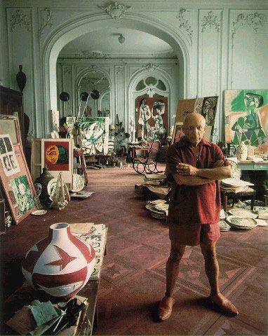 RT @historyinmoment: Pablo Picasso at…