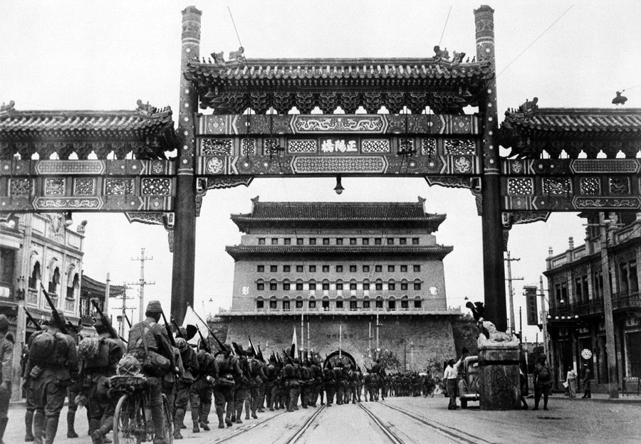 RT @WWIIpix: Japanese troops marching…