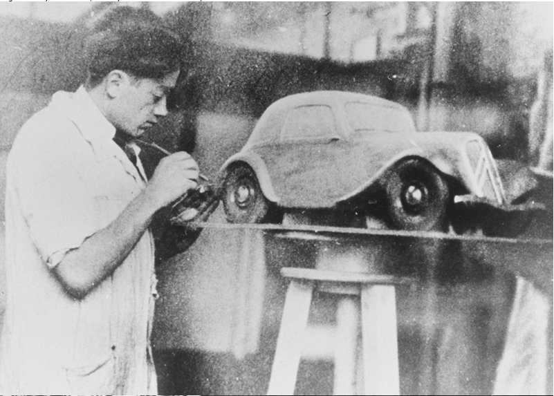 Flaminio Bertoni at work on…
