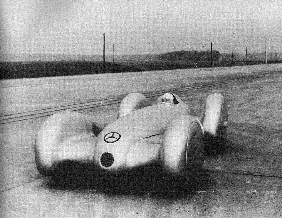 RT @areasvellas: Rudolf Caracciola...  Mercedes-Benz,…