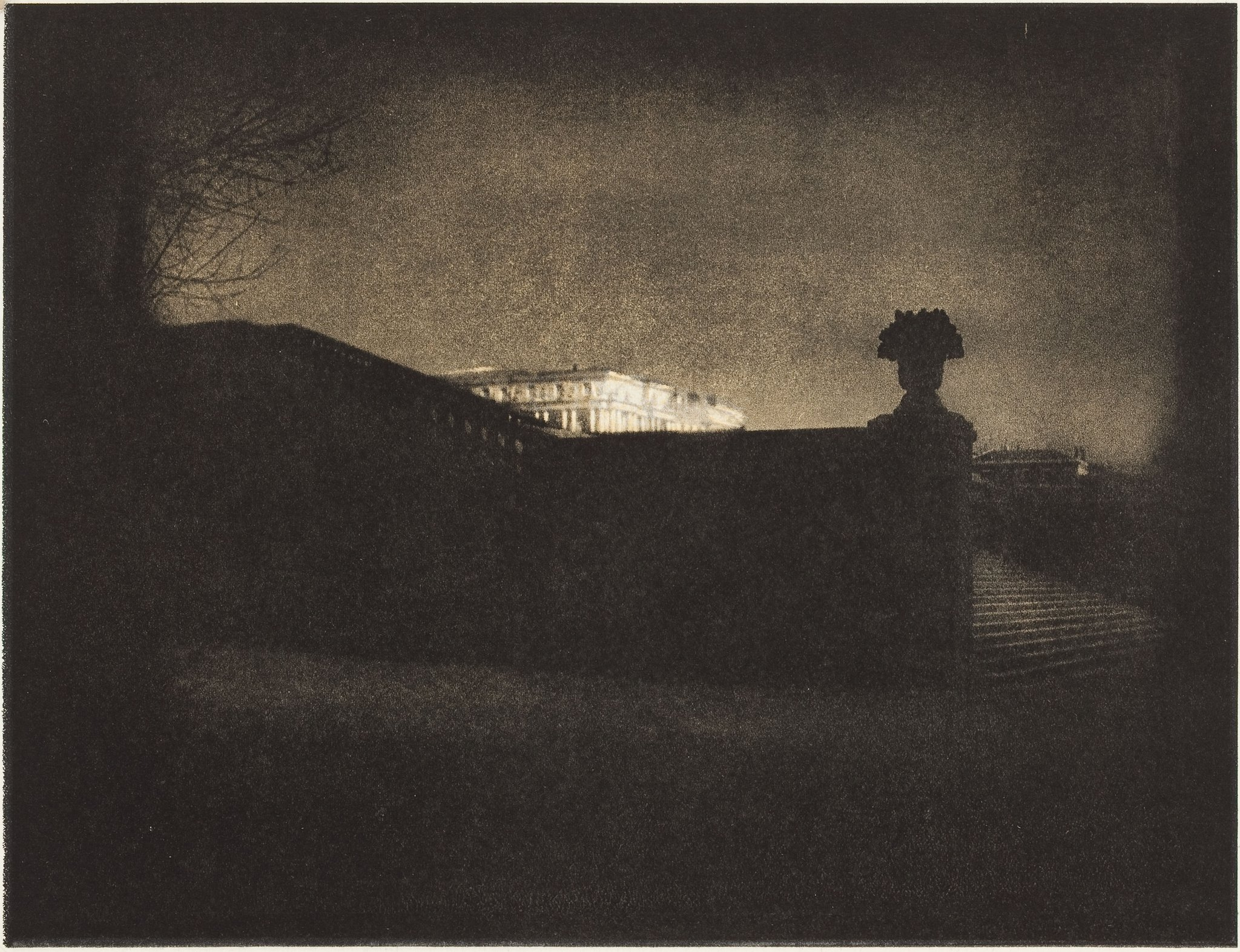 RT @AnneMortier1: Nocturne... Versailles, 1913 Edward Steichen…