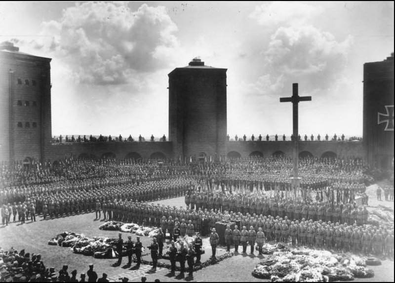 Hindenburg's funeral at the Tannenberg…