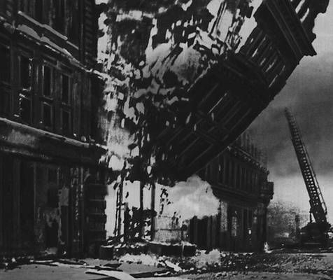 RT @historylvrsclub: The Blitz -…