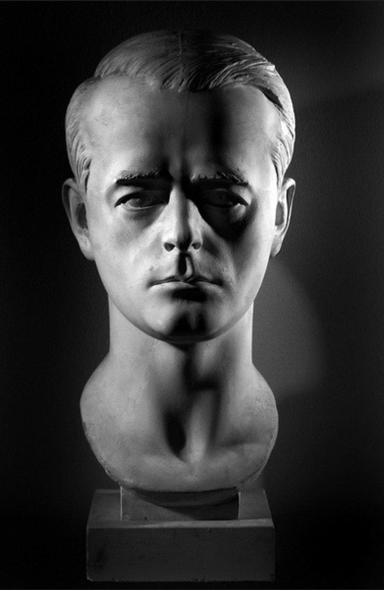 Albert Speer bust by Arno…